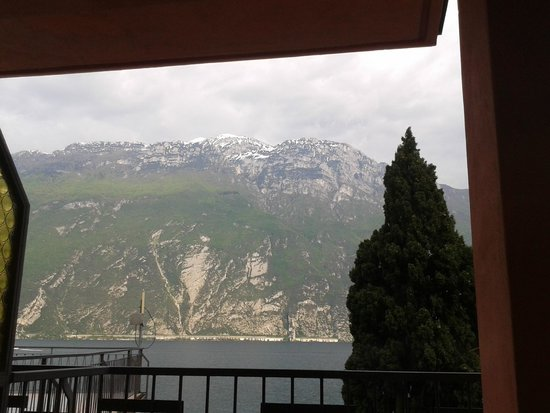 Hotel Capo Reamol: View from the balcony