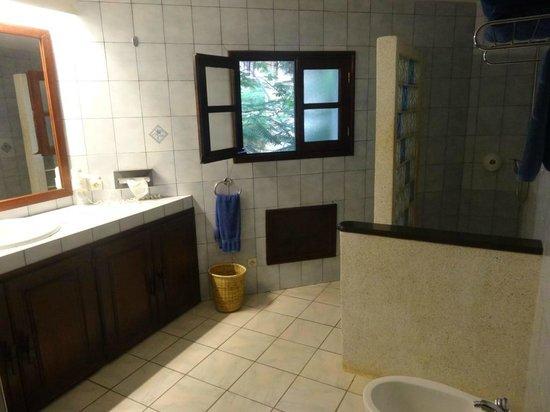 Hotel Neptune : Salle de bain