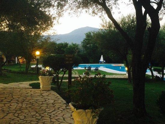 Saint Nicholas Hotel: pool side