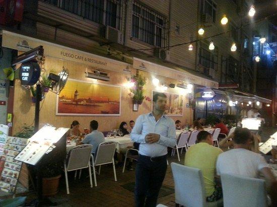 Fuego Restaurant: Hoy por la noche.