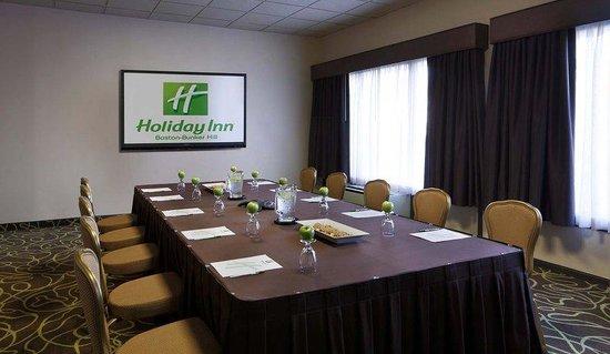 Holiday Inn Boston-Bunker Hill : Davis Square Meeting Room