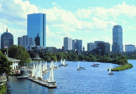 Holiday Inn Boston-Bunker Hill : The beautiful Charles River is just minutes from our hotel.