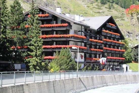 Hotel Alpenhof: Aussenansicht