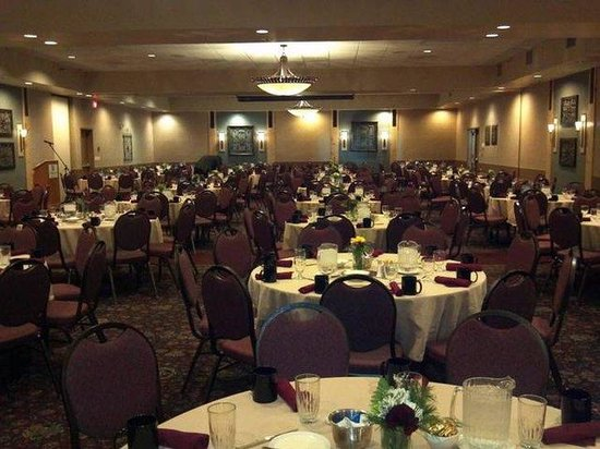 Holiday Inn Bozeman: Reception