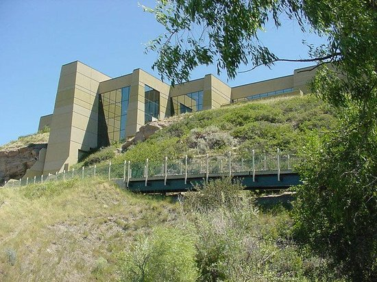 Holiday Inn Great Falls: Lewis & Clark Interpretive Center- 3.5 miles from the hotel.