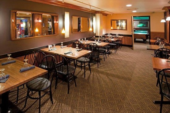 Holiday Inn Washington DC / Greenbelt: Willy K's has also completed a full renovation.