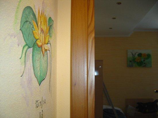 Hotel Fiordaliso: Симолика номера - водяная лилия