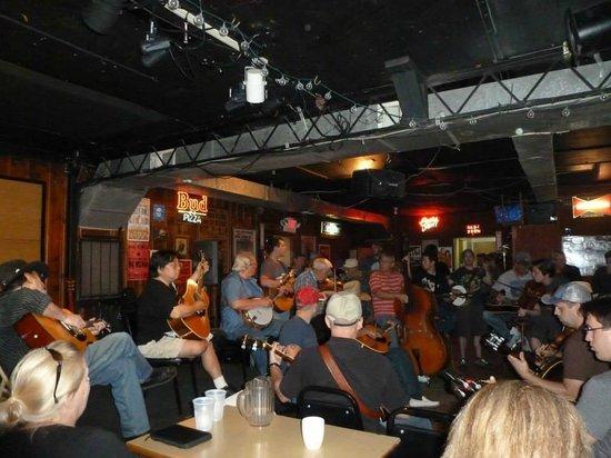 Station Inn: Bluegrass Jam