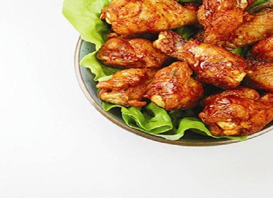 Holiday Inn Richmond I 64 West End: Have some Hot Wings and a cold beverage in our onsite Bar and Gril