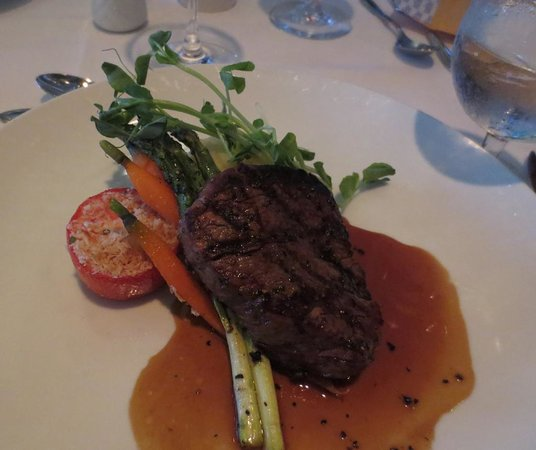 Northview Golf and Country Club: Filet Mignon 6 oz., excellent