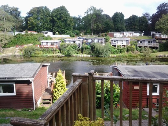 Glan Gwna Country Holiday Park: view of the lake