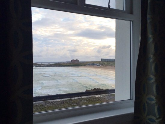 Fistral Beach Hotel and Spa: Sea view from room 112