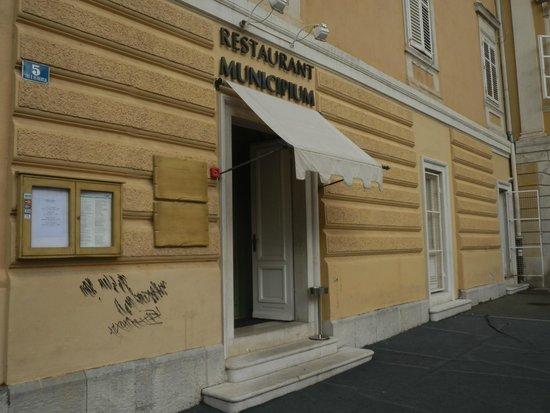 Municipium : l'ingresso del ristorante