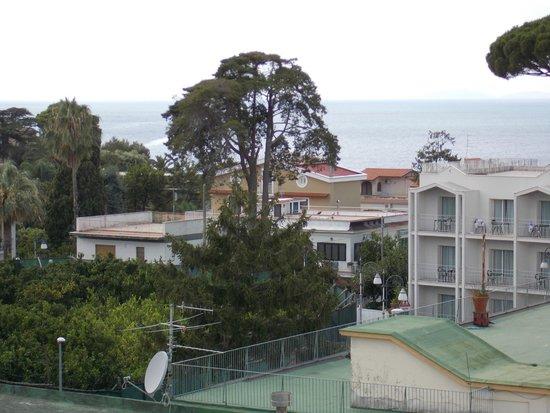 Hotel La Pergola: Roof top view,