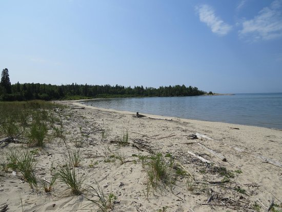 Neys Provincial Park : Beach off of Point trail