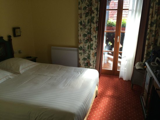 Hotel Winzenberg: Larger room with balcony