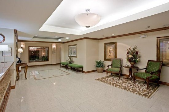 Holiday Inn Express Hotel & Suites Concordia US 81: Reception