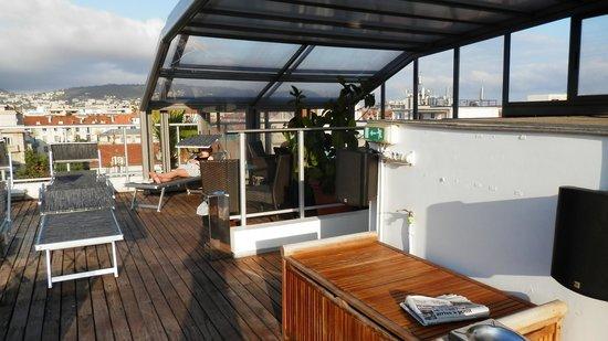 Goldstar Resort & Suites : Rooftop