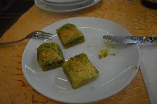 Sultan Sofrasi Restaurant: Baklava