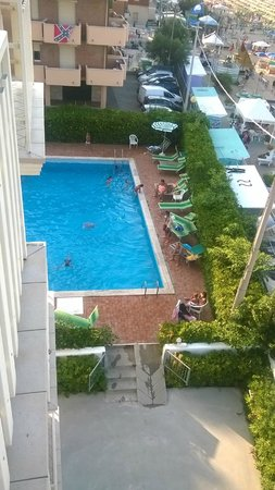 Hotel Villa Sole : piscina