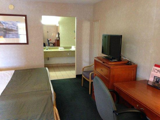 Ramada Flagstaff East : Room