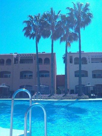 Los amigos beach club, piscina centrale