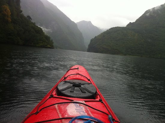Njord - Seakayak and Wilderness Adventure Day Tours: Entering the Nærøyfjord