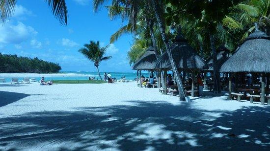 Emeraude Beach Attitude: Ile Aux Cerfs