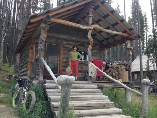 Burgdorf Hot Springs: Rustic cabins