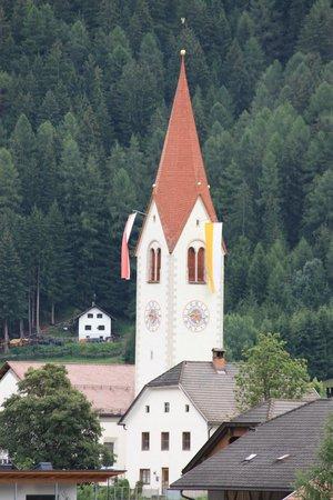 Hotel Koflerhof: Chiesa di Rasun di Sopra