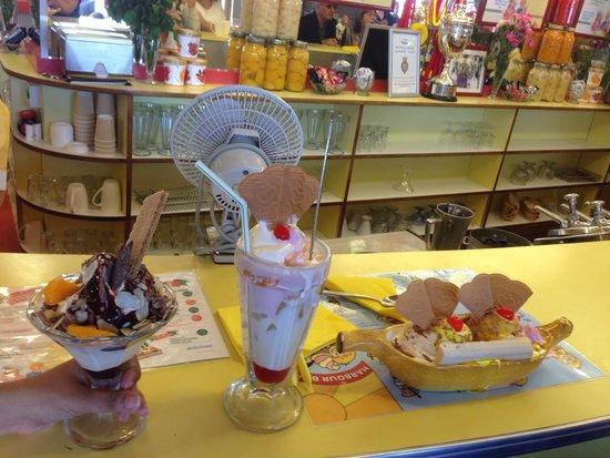 Harbour Bar: The ice cream trio - chocolate, knickerbocker and banana split