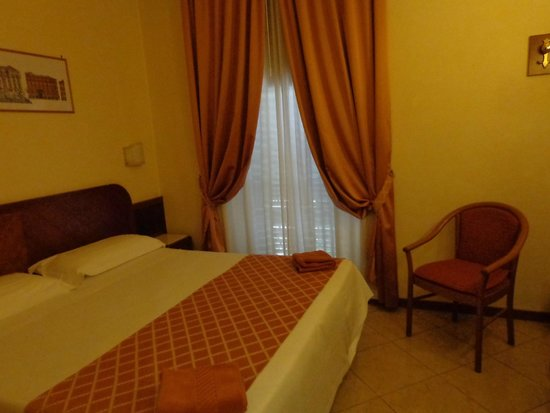 Smeraldo Hotel: Quarto simpático