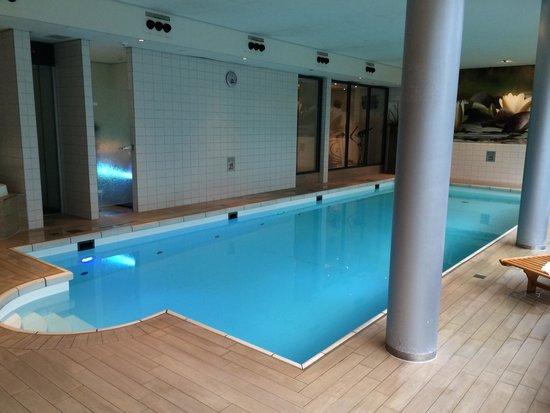 Hotel Mitland: La piscina