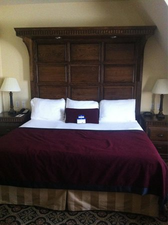 BEST WESTERN PREMIER Mariemont Inn: Old world charm with modern comfort