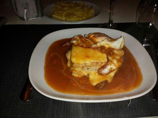 Essencia Lusa Restaurante Tradicional: Francesinha
