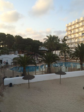 AluaSoul Mallorca Resort: View from steps on way to pool/beach aug 2014