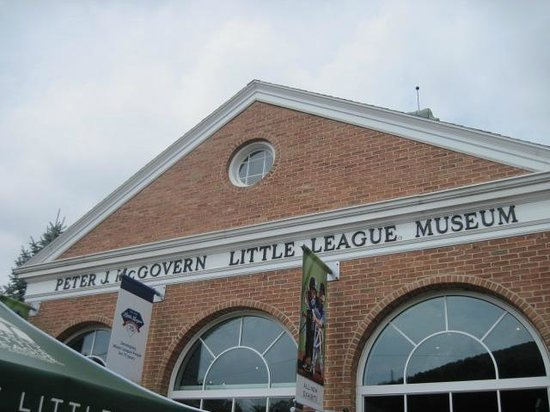 World of Little League: Peter J. McGovern Museum and Official Store: Outside of museum