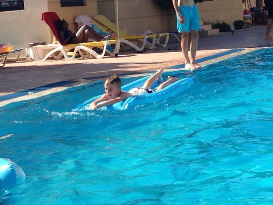 Blue Aegean Hotel & Suites: Pool fun