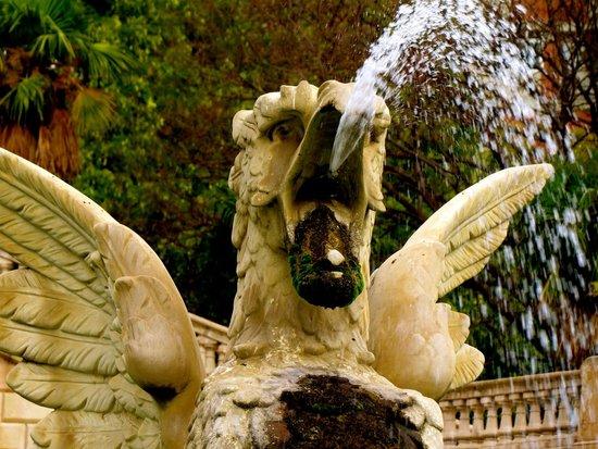 """Parc de la Ciutadella : uno de los """"Grifos"""""""