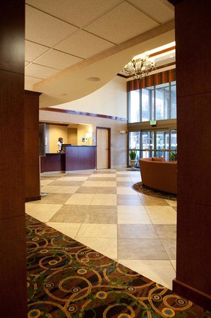 Holiday Inn Express Hotel and Suites Richland : Hotel Lobby