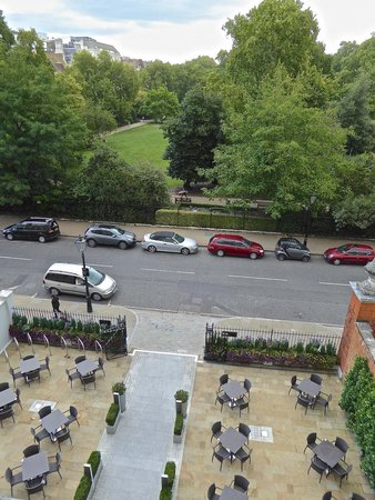 Club Quarters Hotel, Lincoln's Inn Fields: Overlooking the park
