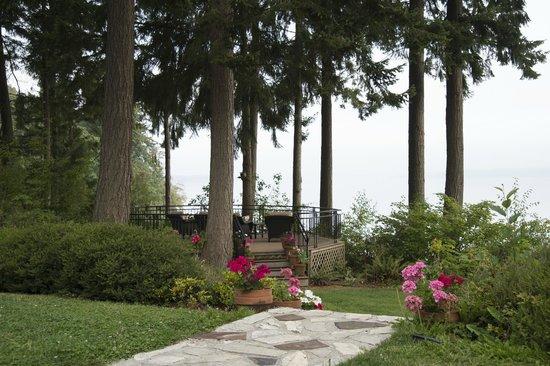 The Inn at Mallard Cove: The Patio at Mallard Cove, Overlooking Puget Sound