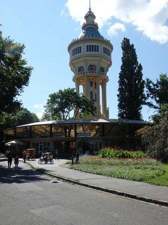 Margaret Island (Margitsziget): La Torre del Agua, ni fu, ni fa.