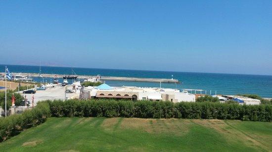 Club Marmara Marina Beach : vue de la  chambre 713