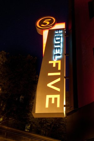 Hotel FIVE - A Staypineapple Hotel: Hotel Five