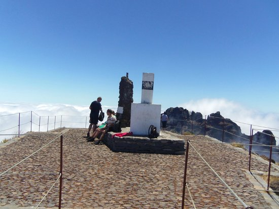 Pico do Arieiro: view from the top