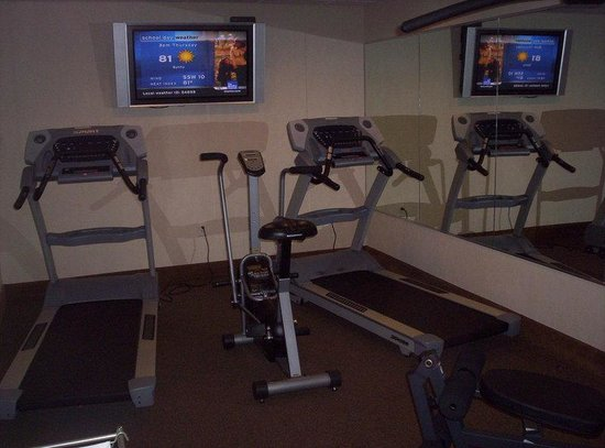 Holiday Inn Express Lincoln South: Exercise Room