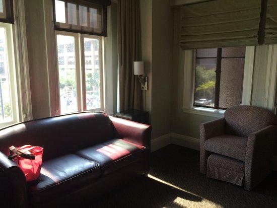 The Sofia Hotel: Sitting area