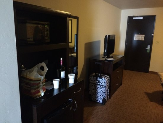 Hilton Garden Inn Oklahoma City Midtown: King suite