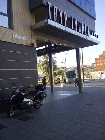 Tryp Indalo Almeria: Entrada